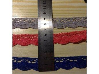 Spets i bomull, 3 meter av 3 color (varje på 1 meter), ca 20 mm bred. - Lomma - Spets i bomull, 3 meter av 3 color (varje på 1 meter), ca 20 mm bred. - Lomma