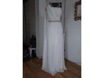 15ce6518925a Forever Yours - elegant brudklänning Stl 36 ny.. (350702891) ᐈ Köp ...