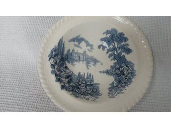 Plate stamped Castle on the lake Johnson Bros England Pat N 118580