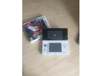 Nintendo 3DS med Pokemon Y