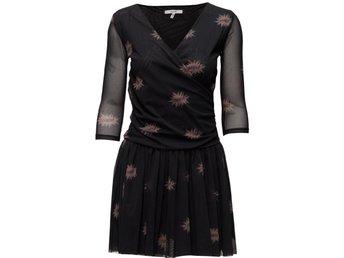 Ganni-klänning (333463796) ᐈ Köp på Tradera 6333ac6312aa0
