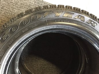 GOODIYEAR ultra grip500 M+S 205/55 r16 2st 5mm
