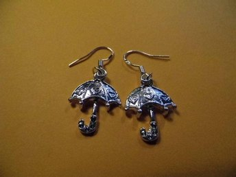 Paraply örhängen / umbrella earrings