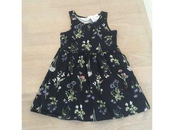 mörkblå klänning barn