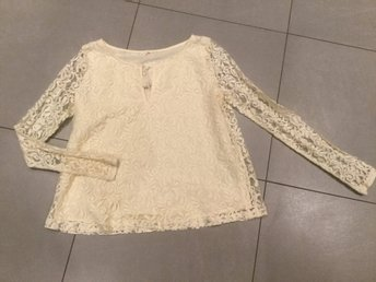 Hollister spetsblus Cream/Off White strl Small