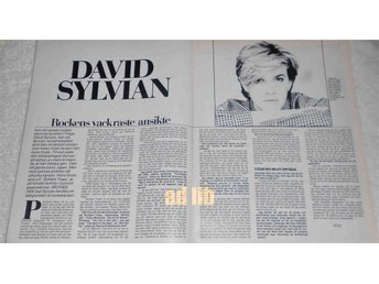DAVID SYLVIAN (JAPAN) - ROCKENS VACKRASTE 2-Sidor Bild/Text TIDNINGSARTIKEL 1984 - öckerö - DAVID SYLVIAN (JAPAN) - ROCKENS VACKRASTE 2-Sidor Bild/Text TIDNINGSARTIKEL 1984 - öckerö