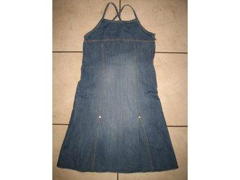 Javascript är inaktiverat. - Lerum - Jeansklänning klänning H&M 134. Fint skick, inte mycket använd. - Lerum