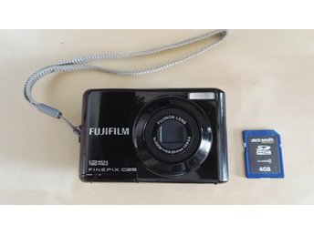 FUJIFILM Finepix c25 digital camera 12 mega pixels.