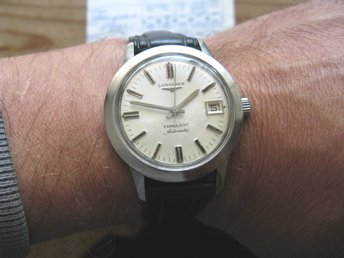 Longines Conquest aut. 1975. Komplett med box/papper.