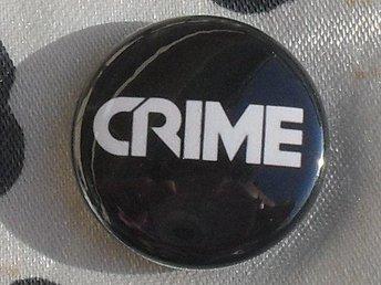 CRIME -2,5cm (LITEN) Badge/ Pin /Knapp (SF KBD Punk Flipper Devo) - Falkenberg - CRIME -2,5cm (LITEN) Badge/ Pin /Knapp (SF KBD Punk Flipper Devo) - Falkenberg