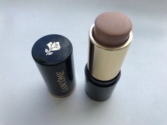 Lancome, Teint Idole Ultra Wear Stick 007.