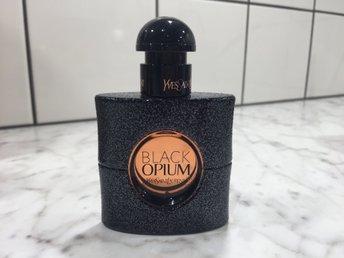 ysl parfym black