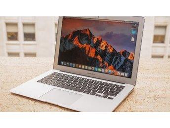 Apple MacBook Pro (2017) 13,3