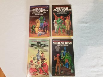 lot 4 pockets Mike Resnik Tales of the Galactic Midway 1-4