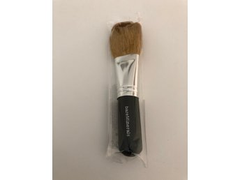 Bare minerals, face brush