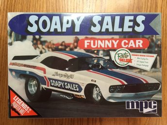 MPC 1/25 Soapy Sales Dodge Challenger Funny Car