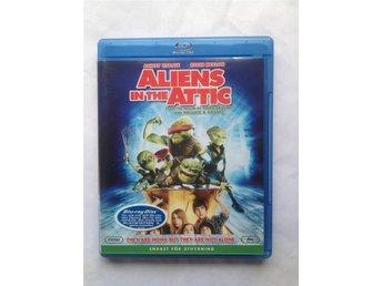 BluRay - Aliens In The Attic - Kallinge - BluRay - Aliens In The Attic - Kallinge