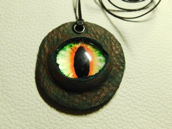 Draköga Hänge Dragon Eye Pendant Nr 3 Feb  ( 50 mm )