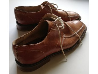 NOD SHOES! Good broun leather shoes S. 43. Handmade in Italy! In good condition!