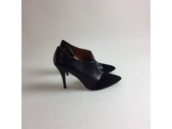 & Other Stories, Pumps, Strl: 39, Svart, Mockablandning