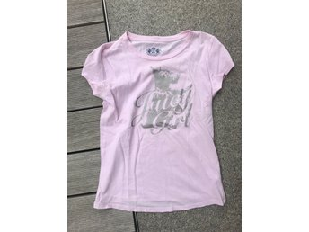 Söt rosa t-shirt från Juicy Couture i st 146/152