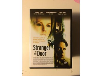 Starnger at the door/Inplastad/Perry King/Linda Purl