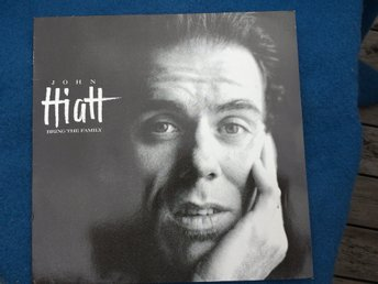 LP  John Hiatt Bring the family