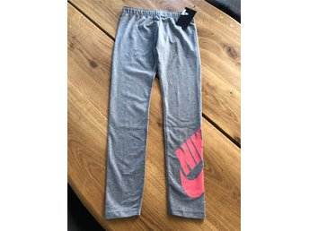 Nike tights/leggings stl L (12-13år)NYA!!