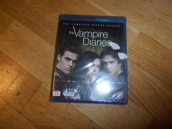 The Vampire Diaries - Säsong 2 (4-disc Blu Ray) inplastad