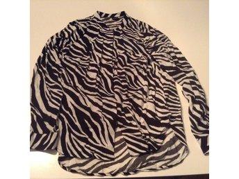 Bluse Gina tricot zebra 34 - Furulund - Bluse Gina tricot zebra 34 - Furulund