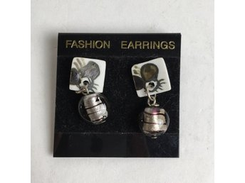 Fashion earrings, Örhängen
