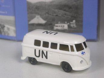 Wiking H0: Edition United Nations VW T1 Buss Finland UN, limiterad upplaga - Preetz - Wiking H0: Edition United Nations VW T1 Buss Finland UN, limiterad upplaga - Preetz