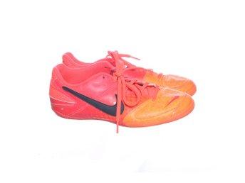 check out 57977 15351 Nike, Fotbollsskor, Strl  39, Orange (346322840) ᐈ Sellpy på Tradera