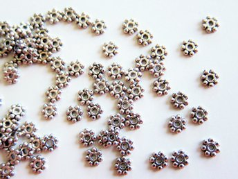 DAISY 100-P  MELLANDEL 4 MM BLOMMA SPACERS ANTIKSILVER