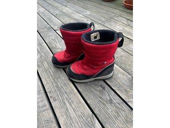 Röda vinterstövlar från kavat stlk 27 (410668280) ᐈ Köp på