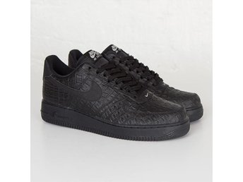 Sneakers Nike Air Force 1 07 LV8, nya, stl 45