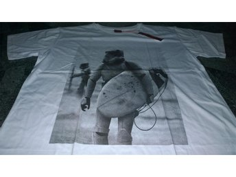 T-Shirt. Vit. Exclusive A. Star Wars. Trooper. Surfer. XL