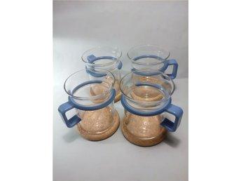 BODUM Denmark 4 KAFFEKOPPAR Glas med Ljusblå plasthandtag H 8,5 cm RETRO 80-tal! - Landvetter - BODUM Denmark 4 KAFFEKOPPAR Glas med Ljusblå plasthandtag H 8,5 cm RETRO 80-tal! - Landvetter