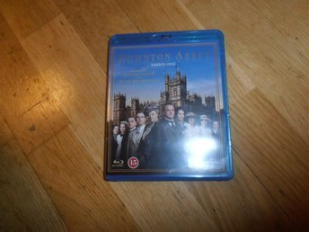Downton Abbey - Säsong 1 (2-disc Blu Ray)
