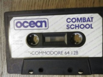 Commodore  64.128