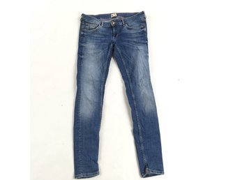 GINA TRICOT Matilda low Jeans strl 42.