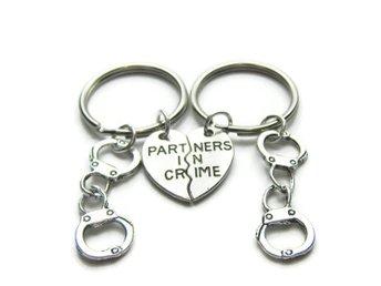 Choker Partners In Crime Kompis Partner.. (314349579) ᐈ Skalfynd på ... 2869e3ef16300
