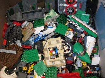 Lego Blandat skepp Flygplan däck mm ca 5 kilo / Kg LBL 010 - Uddevalla - Lego Blandat skepp Flygplan däck mm ca 5 kilo / Kg LBL 010 - Uddevalla