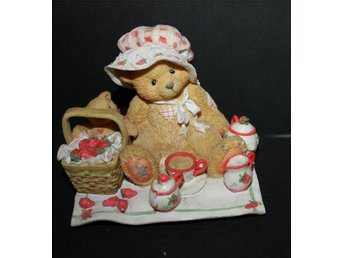 CHERISHED TEDDIES   THELMA