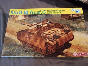 "Dragon ""smart kit"" Stug III 1/35"