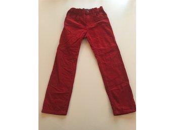Röda manchester byxor H M LOGG 128 (329577319) ᐈ Köp på Tradera ab92af8b7a704