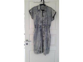 Jeans klänning med mönster - Hägersten - Jeans klänning med mönster - Hägersten