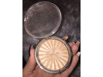 Ofra cosmetics Highlighter rodeo drive mac kat von d