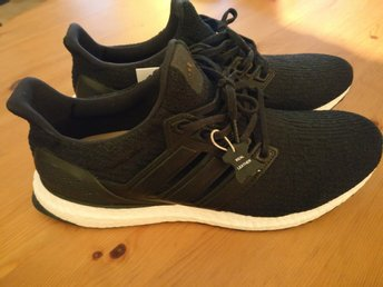 Adidas Ultra Boost 3.0, Limited Edition Core Black, stl 44 2/3 (Kort auktion!)
