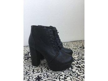 Vox svart varmfodrad känga boot - Storlek 38 (331128262) ᐈ Köp på ... 2c4638924c4c0